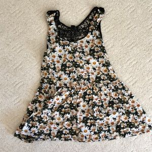 forever 21 lace back daisy tank top